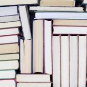 bøger i stakkevis